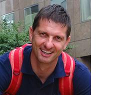 PD Dr. Claudio Perret